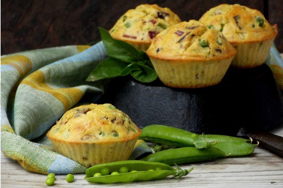 https://yemek.com/tarif/bezelyeli-muffin/ | Bezelyeli Muffin Tarifi