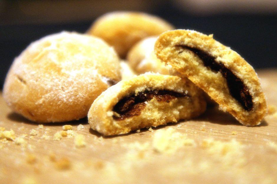 https://yemek.com/tarif/nutellali-kurabiye/ | Nutellalı Kurabiye Tarifi