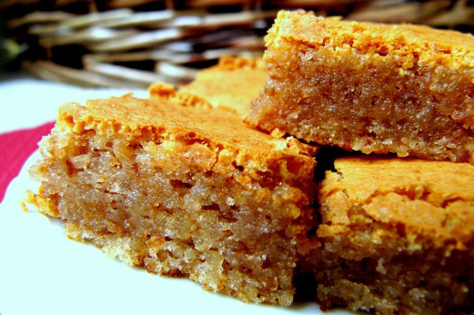 https://yemek.com/tarif/cevizli-glutensiz-brownie | Cevizli Glutensiz Brownie Tarifi