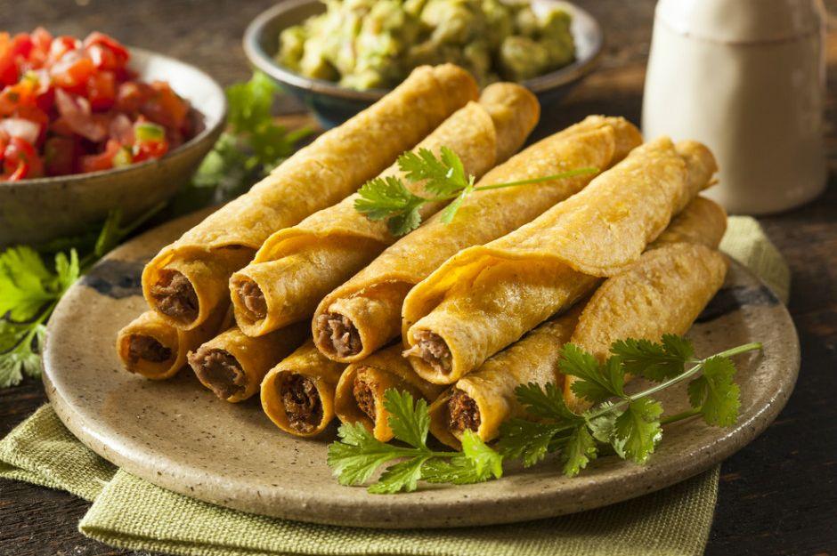 https://yemek.com/tarif/kiymali-tortilla-boregi | Kıymalı Tortilla Böreği Tarifi