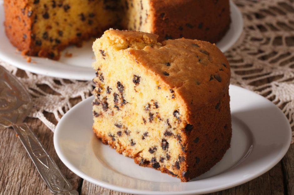 https://yemek.com/tarif/damla-cikolatali-kek/ | Damla Çikolatalı Kek Tarifi