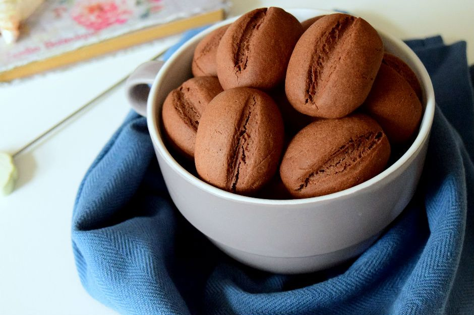 https://yemek.com/tarif/sekersiz-yulafli-kurabiye | Kahve Çekirdeği Kurabiye Tarifi