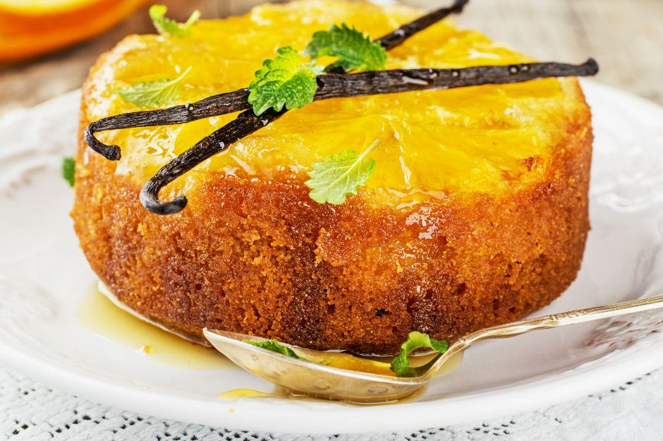 https://yemek.com/tarif/portakalli-ters-yuz-kek/ | Portakallı Ters Yüz Kek Tarifi
