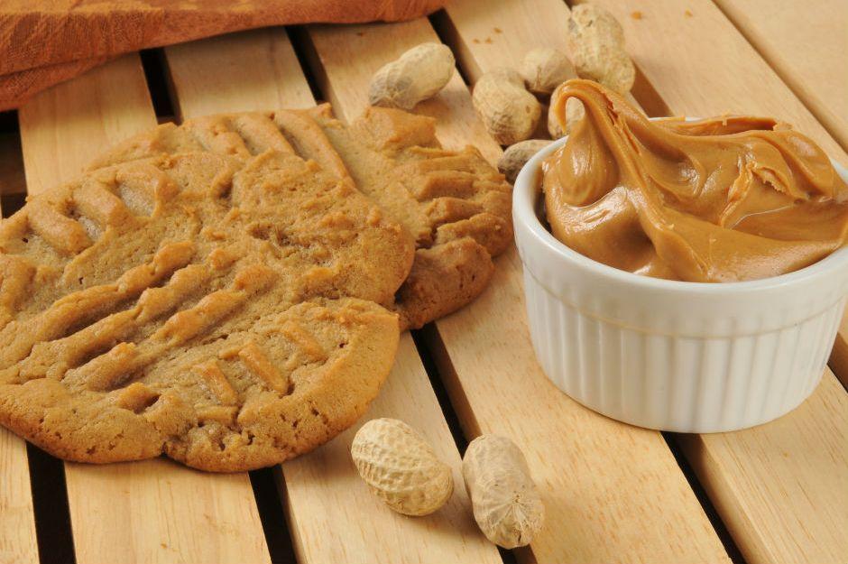 https://yemek.com/tarif/fistik-ezmeli-gevrek-kurabiye | Fıstık Ezmeli Gevrek Kurabiye Tarifi