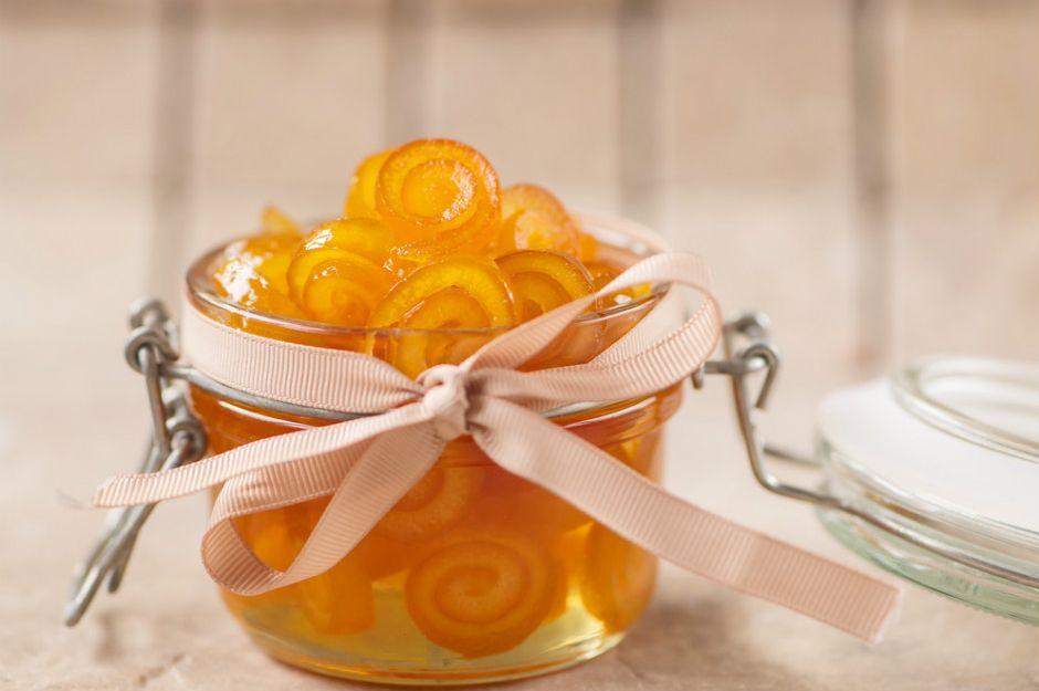 https://yemek.com/tarif/portakal-kabugu-receli | Portakal Kabuğu Reçeli Tarifi