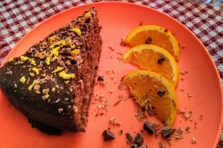 https://yemek.com/tarif/tencerede-portakal-soslu-kek/ | Tencerede Portakal Soslu Kek Tarifi