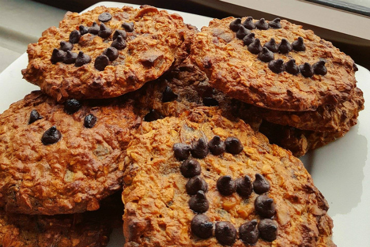 https://yemek.com/tarif/tarcinli-yulafli-kurabiye | Tarçınlı Yulaflı Kurabiye Tarifi