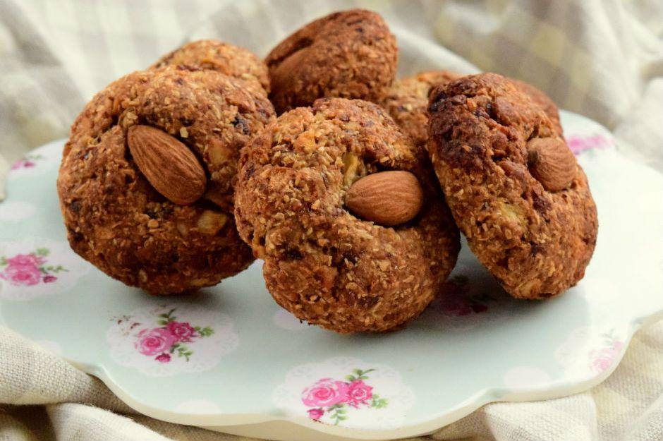 https://yemek.com/tarif/elmali-yulafli-kurabiye/ | Elmalı Yulaflı Kurabiye Tarifi