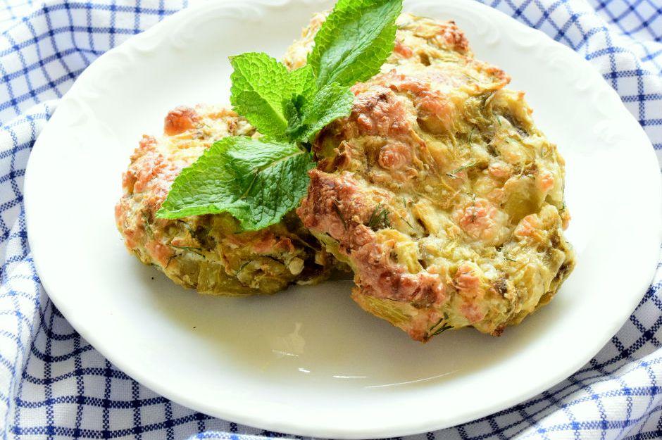 http://yemek.com/tarif/patlican-mucveri | Patlıcan Mücveri Tarifi