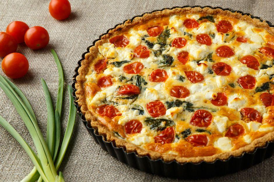 https://yemek.com/tarif/domatesli-peynirli-kis/ | Domatesli Peynirli Kiş Tarifi