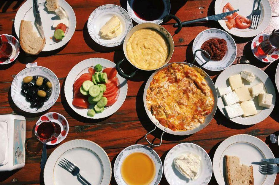 Şehirden Kaçıp Rahat Nefes Almak İsteyenlere İstanbul'a Yakın 7 Kahvaltı Mekanı