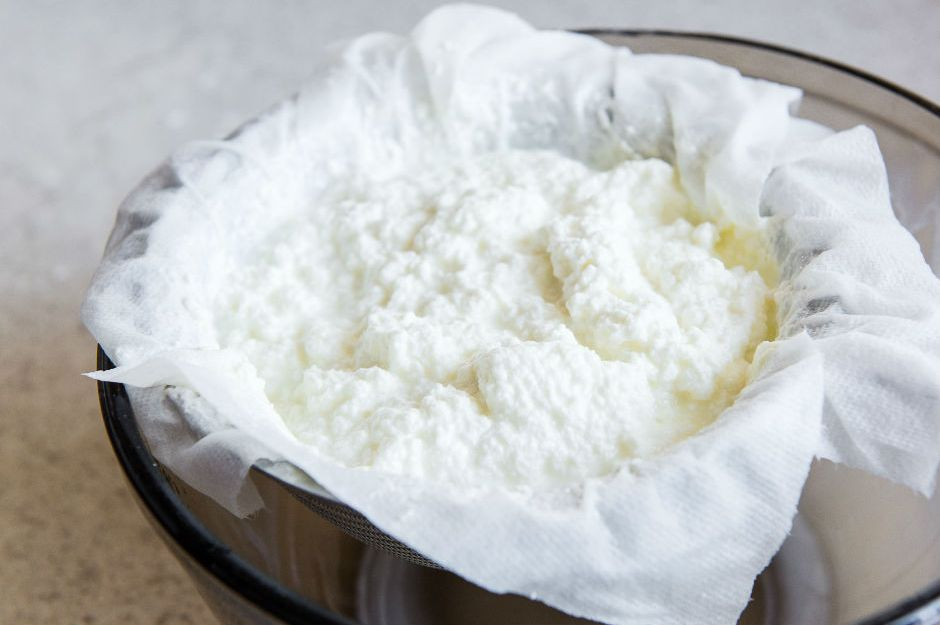 https://www.bloglovin.com/blogs/pioneer-woman-1480985/how-to-make-homemade-ricotta-by-joanne-4926436215 |bloglovin.com