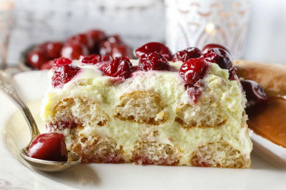 http://yemek.com/tarif/kedidilli-cheesecake/ | Kedidilli Cheesecake Tarifi