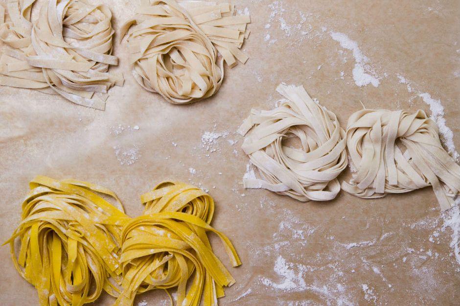 http://www.seriouseats.com/recipes/2015/03/uovo-in-raviolo-runny-egg-yolk-ravioli-ricotta-recipe.html  seriouseats.com
