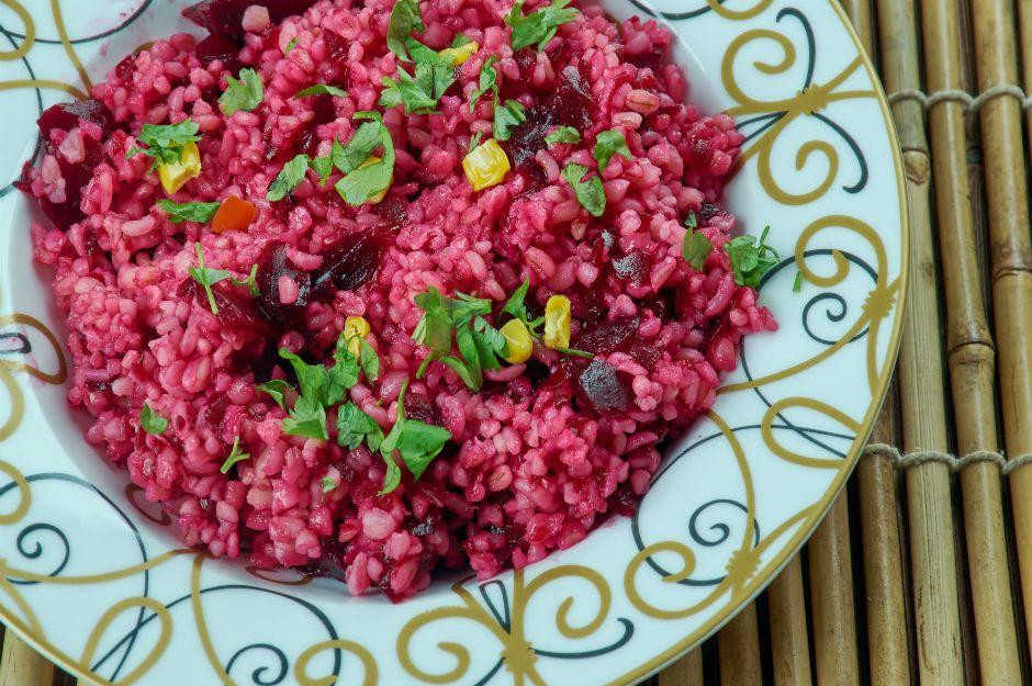 http://yemek.com/tarif/salgamli-bulgur-salatasi/ | Şalgamlı Bulgur Salatası Tarifi