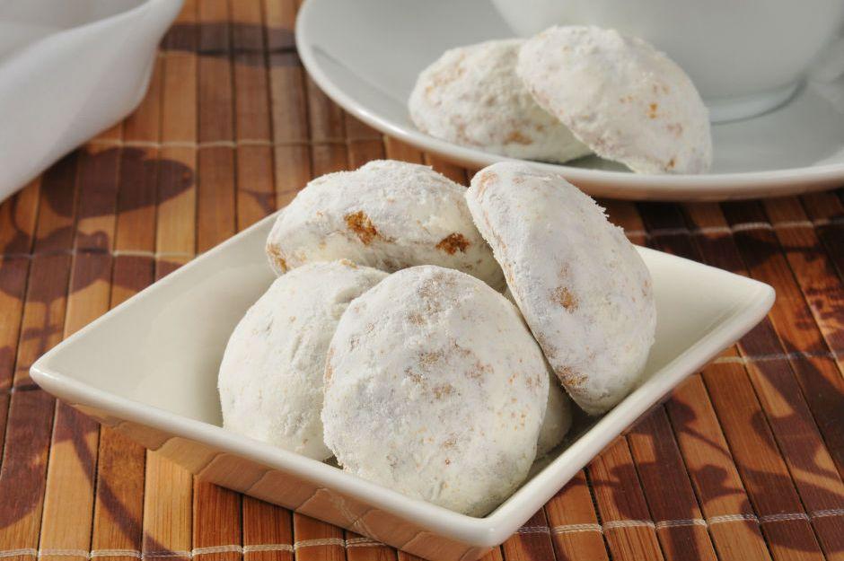 https://yemek.com/tarif/tarcinli-kolay-kurabiye/ | Tarçınlı Kolay Kurabiye Tarifi