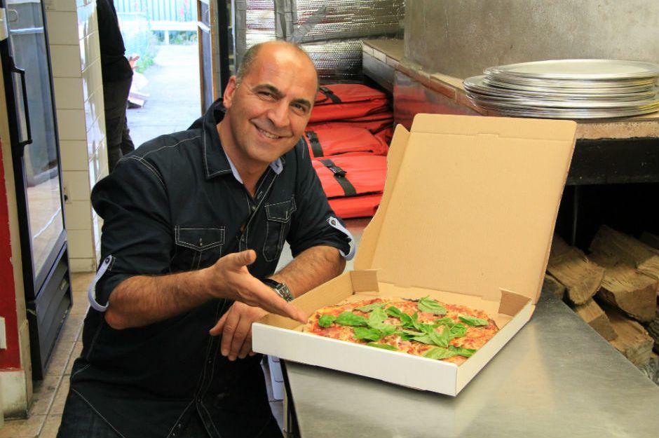 http://365etobicoke.com/dinos-wood-burning-pizza/ | 365etobicoke