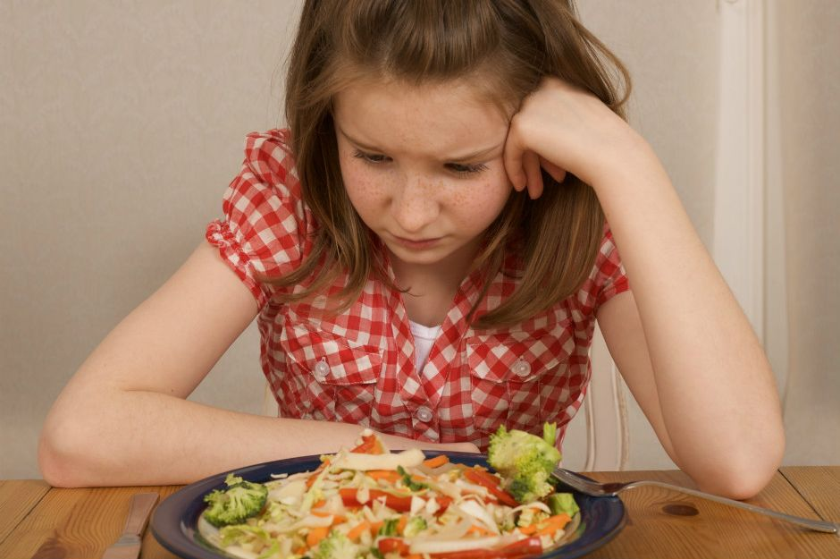 https://expertbeacon.com/i-think-my-child-might-have-eating-disorder-what-should-i-do#.WkTn699l_IU | expertbeacon