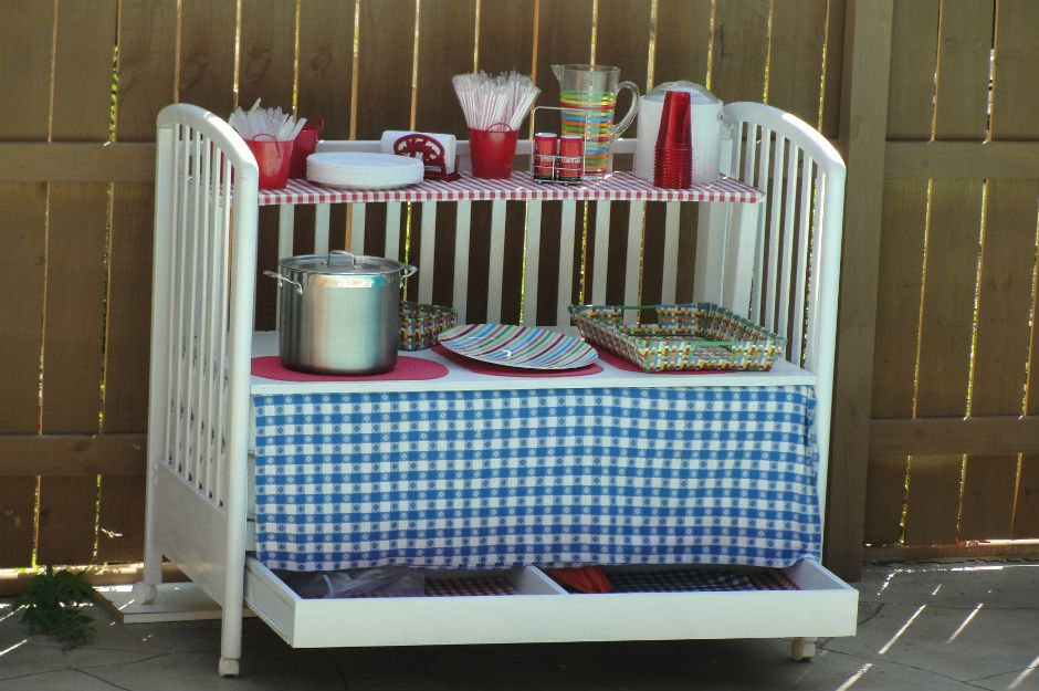 http://wonderfuldiy.com/10-best-ways-to-repurpose-baby-cribs/ | wonderfuldiy