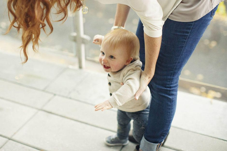https://www.babycentre.co.uk/x556547/how-can-i-encourage-my-14-month-old-to-walk | babycentre