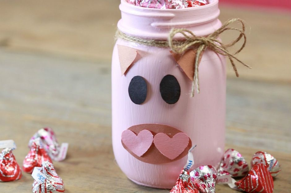 http://www.countryliving.com/diy-crafts/how-to/a41667/heart-mason-jar-votives-valentines-day/ | countryliving
