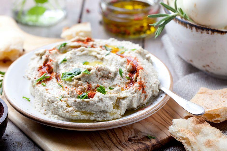 https://yemek.com/tarif/patlicanli-haydari/ | Patlıcanlı Haydari Tarifi