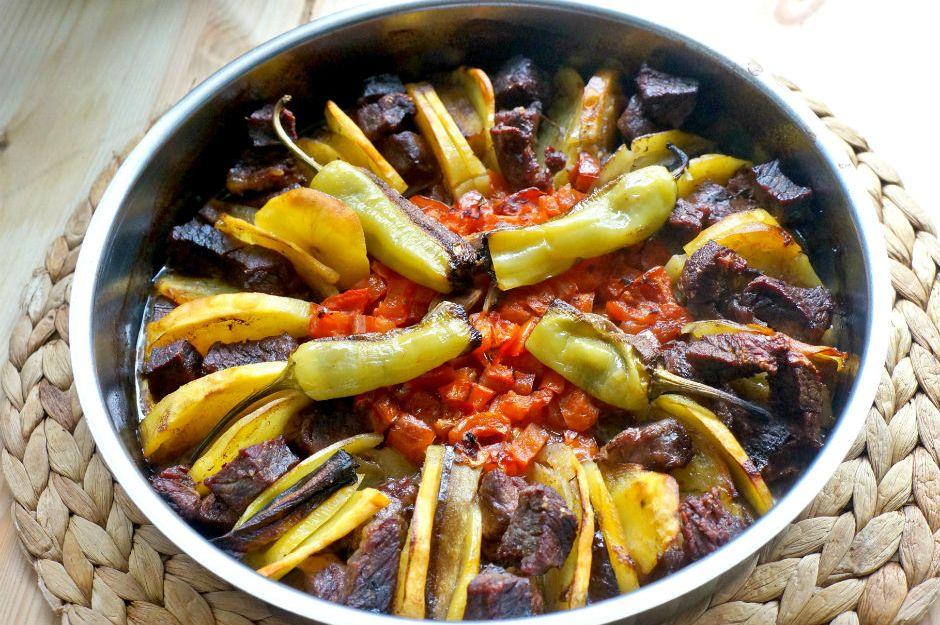 https://yemek.com/tarif/tokat-kebabi/ | Tokat Kebabı Tarifi
