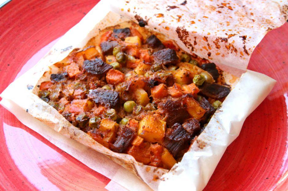https://yemek.com/tarif/kagit-kebabi/ | Kağıt Kebabı Tarifi
