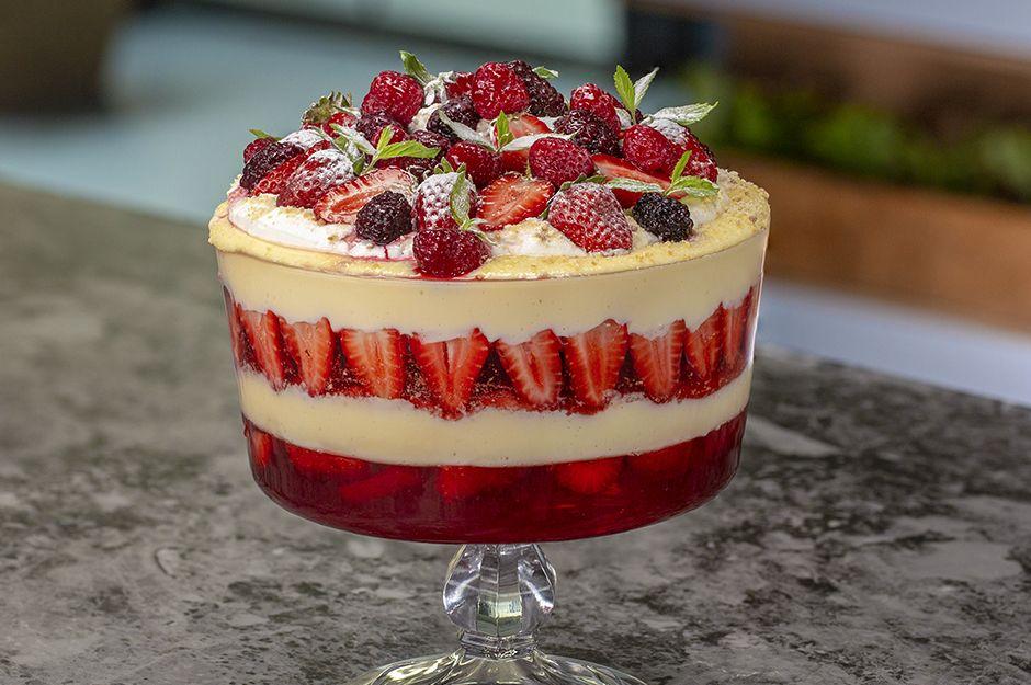 Bisküvili Pudingli Trifle