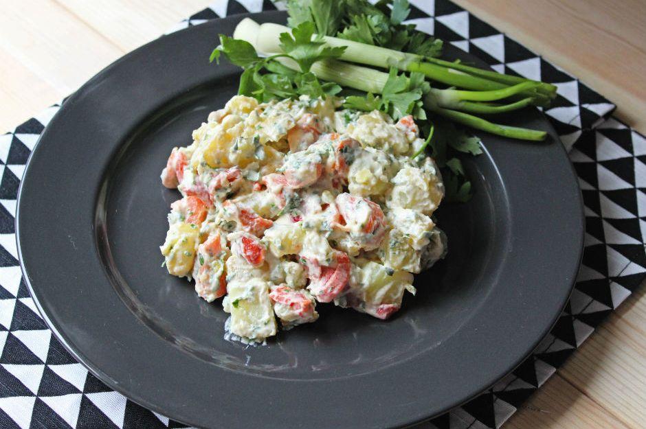 https://yemek.com/tarif/labneli-patates-salatasi/ |  Labneli Patates Salatası Tarifi