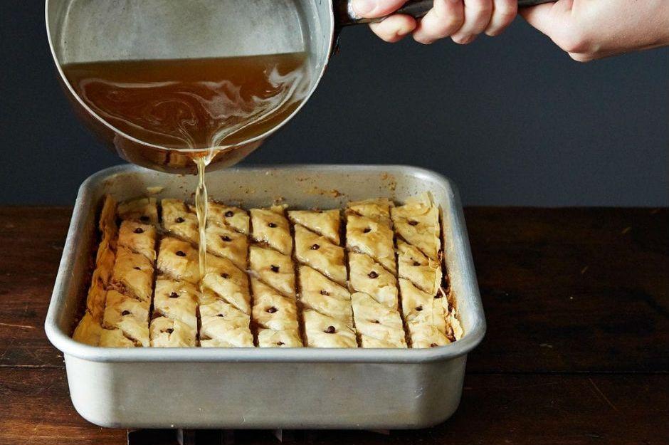 https://walnuts.org/recipe/mrs-zs-secret-ingredient-baklava/ |walnuts.org