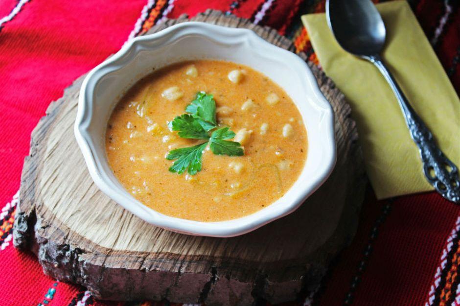 https://yemek.com/tarif/yogurtlu-bulgur-corbasi/ | Yoğurtlu Bulgur Çorbası Tarifi