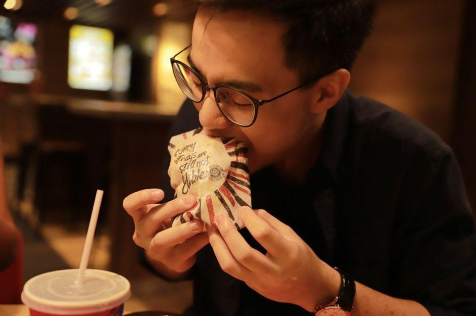 https://mossandfog.com/2018/08/14/kfcs-edible-wrappers/ | mossandfog