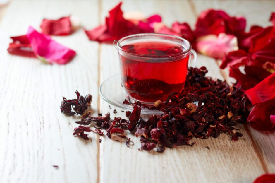 https://www.zliving.com/health/hibiscus-tea-why-you-should-drink-more-of-this-tea-99324/ | zliving