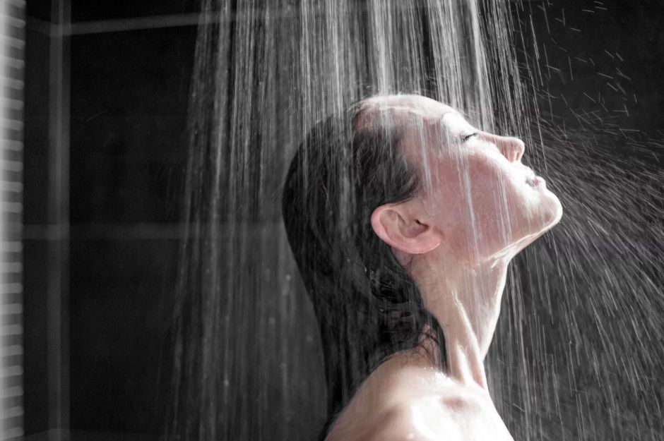 https://www.hindustantimes.com/health-and-fitness/taking-shower-too-often-basically-over-cleaning-can-affect-your-immune-system/story-KmHMXnBPtbWouLYfSI2O4H.html | hindustantimes