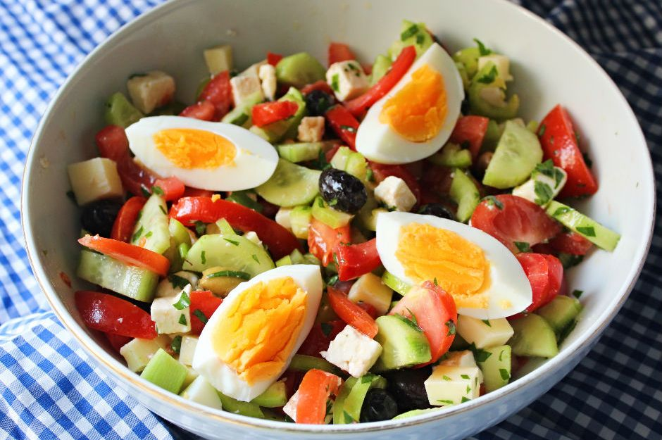 https://yemek.com/tarif/kahvalti-salatasi/ | Kahvaltı Salatası Tarifi