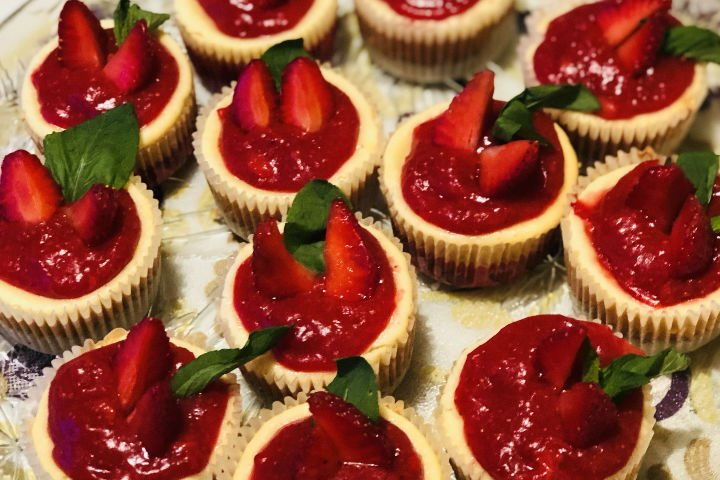 https://yemek.com/tarif/mini-cheesecake-2/ | Mini Cheesecake Tarifi