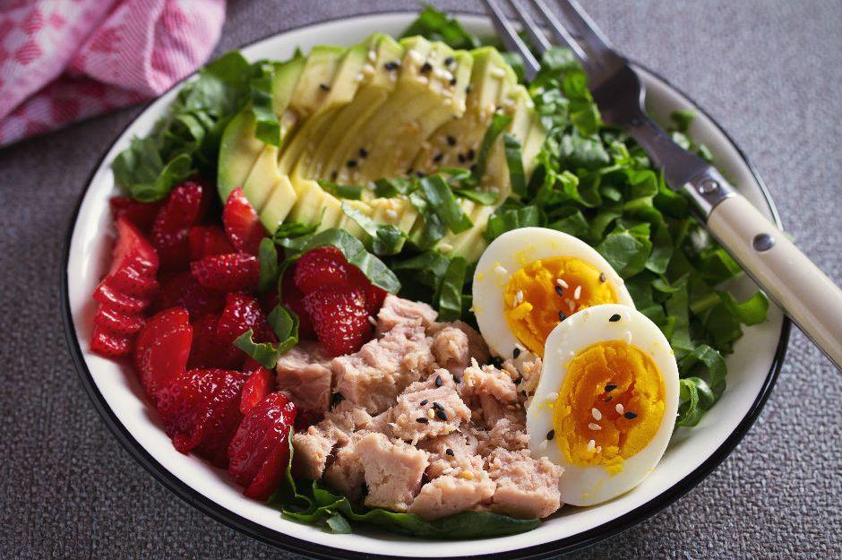 Bol Proteinli Ton Balıklı Salata
