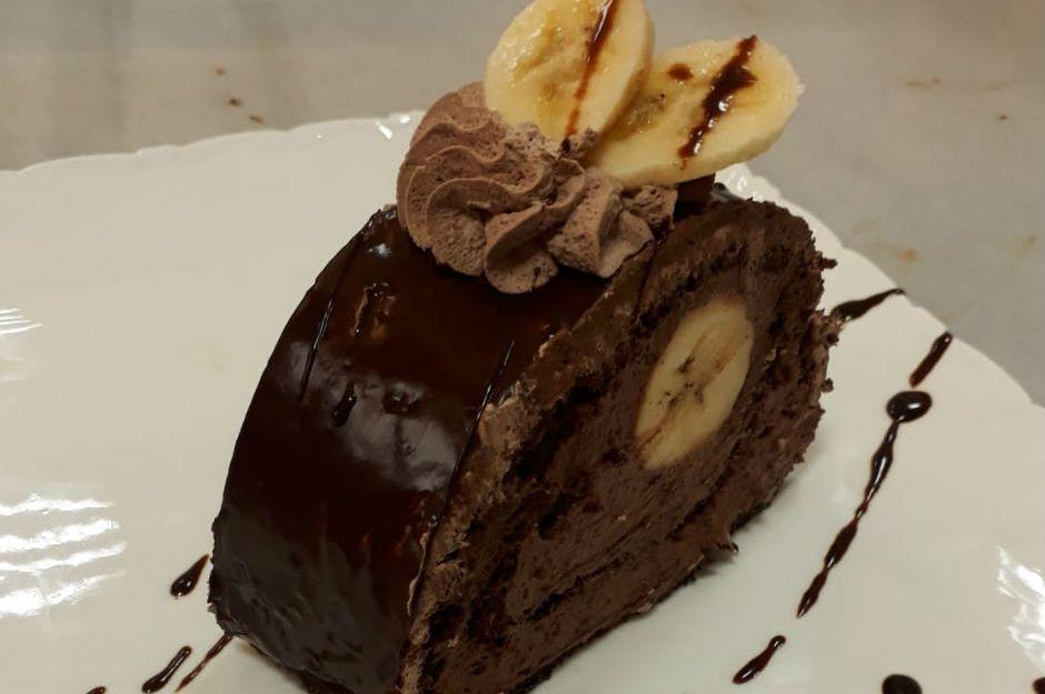 Çikolatalı Ve Muzlu Rulo Pasta