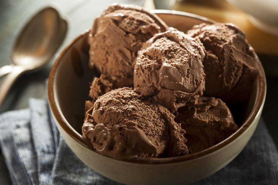 https://yemek.com/tarif/yumurtasiz-dondurma/ | Yumurtasız Dondurma Tarifi