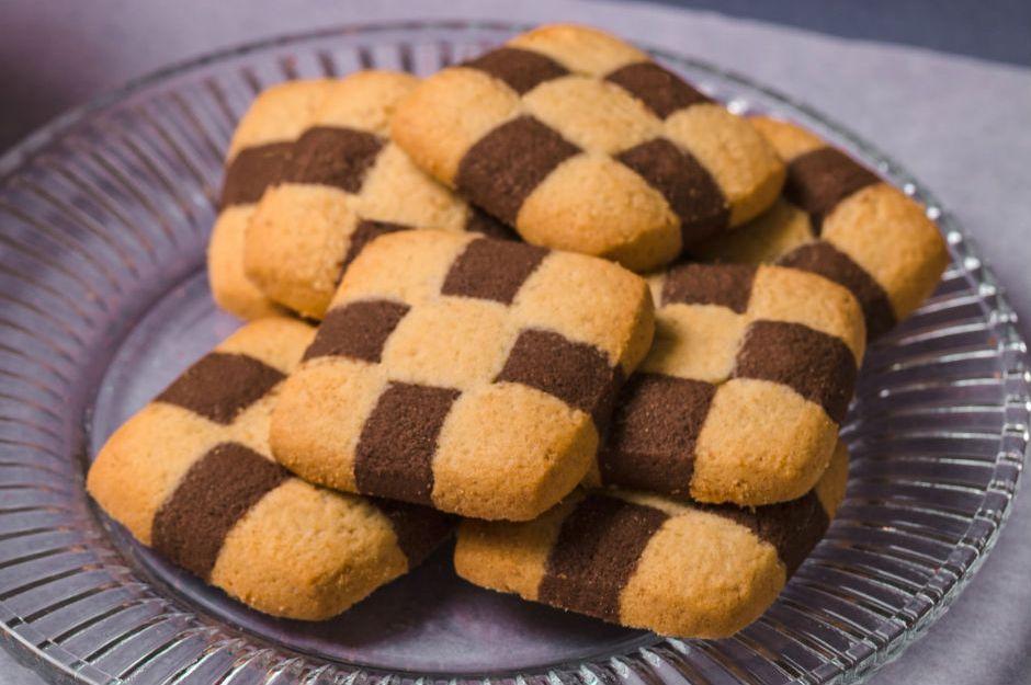 https://yemek.com/tarif/damali-kurabiye/ | Damalı Kurabiye Tarifi