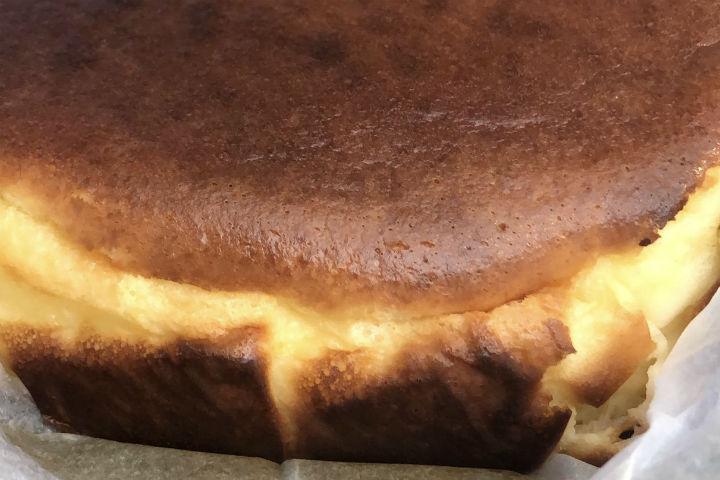 https://yemek.com/tarif/san-sebastian-cheesecake-5/ | Sebastian Cheesecake Tarifi