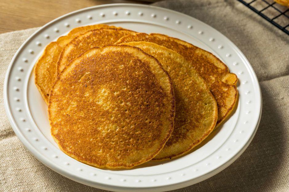 https://yemek.com/tarif/sutsuz-pancake/ | Sütsüz Pancake Tarifi
