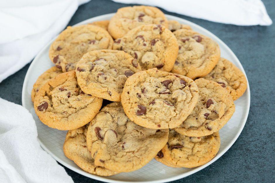 https://yemek.com/tarif/orijinal-amerikan-kurabiyesi/ | Orijinal Amerikan Kurabiyesi Tarifi