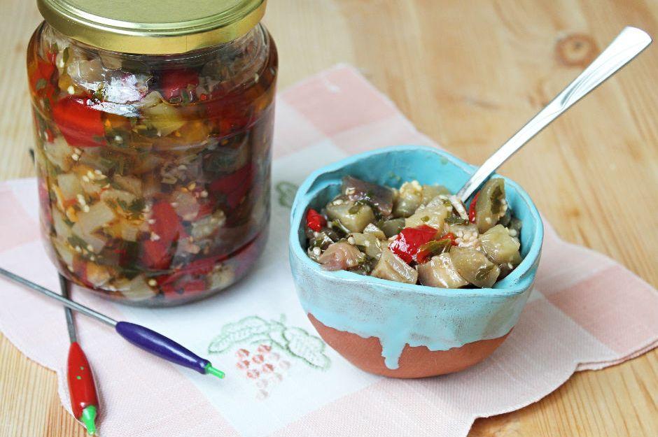 https://yemek.com/tarif/kislik-sirkeli-patlican/ | Kışlık Sirkeli Patlıcan Tarifi