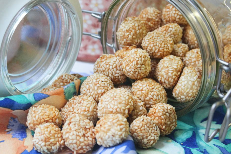 https://yemek.com/tarif/lokmalik-tuzlu-kurabiye/ | Lokmalık Tuzlu Kurabiye Tarifi