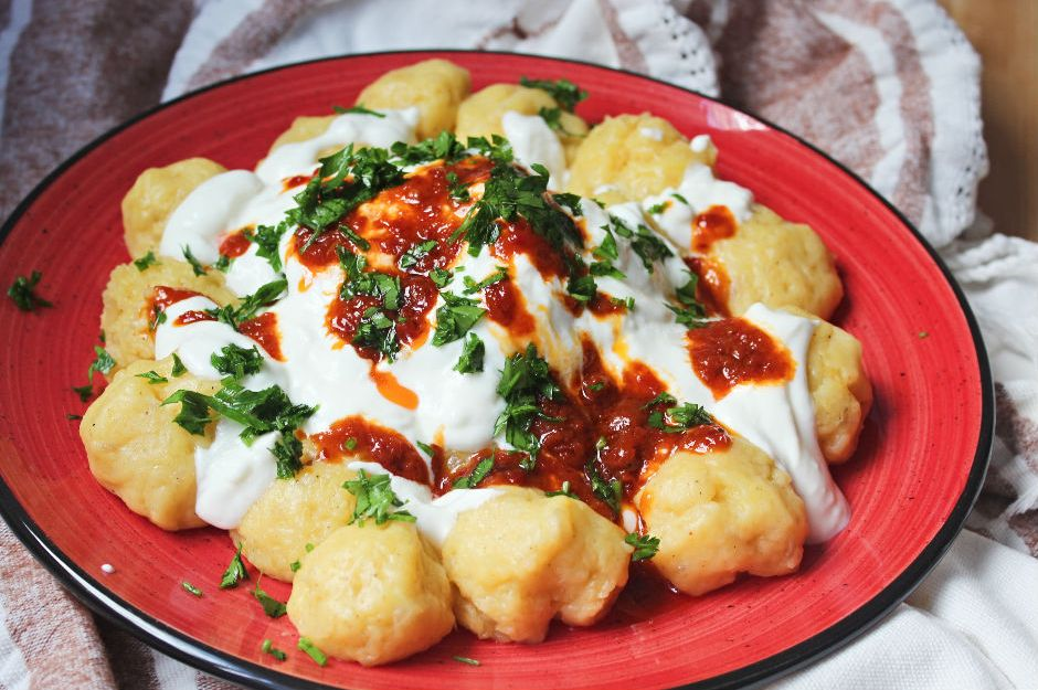 https://yemek.com/tarif/patates-boranisi/ | Patates Boranisi Tarifi