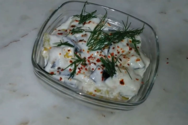 https://yemek.com/tarif/patlicanli-kahvaltilik-sos/ | Patlıcanlı Kahvaltılık Sos Tarifi