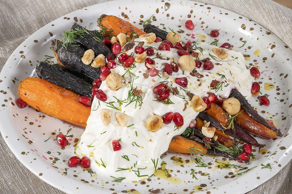 https://yemek.com/tarif/yogurtlu-firinda-havuc/ | Yoğurtlu Fırında Havuç Tarifi