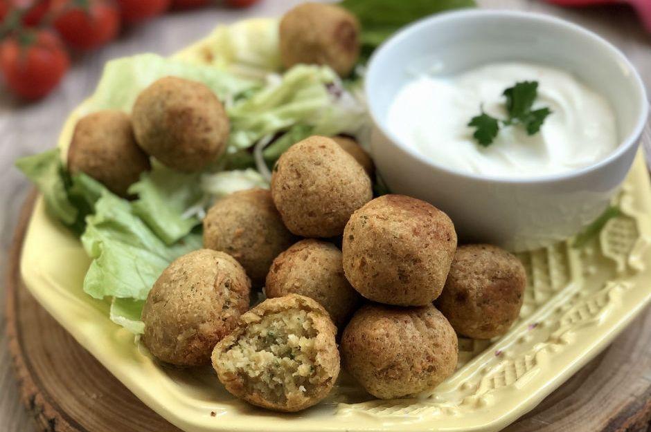https://yemek.com/tarif/falafel-2/ | Falafel Tarifi